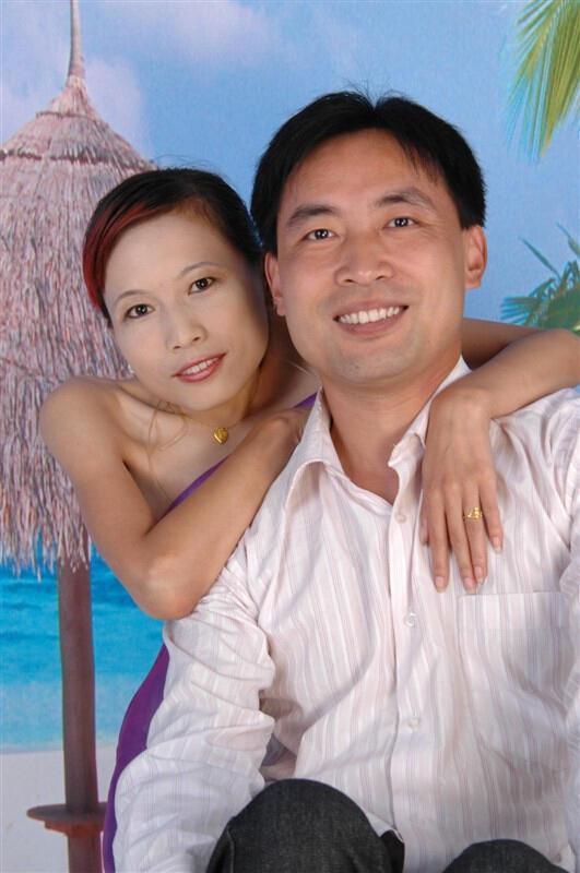 """中国首例""""镜面人""""怀孕生子: 做一个快乐的""""国宝熊猫""""--《知音》杂志&今日头条报道"""