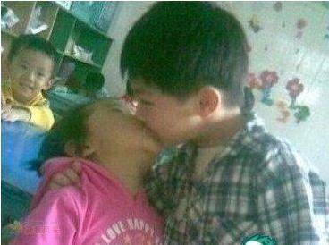 男人亲了女人的 N 种后果