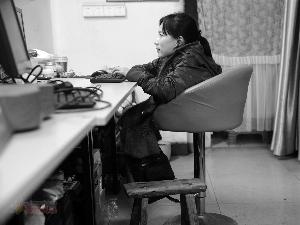 """《现代快报》报道:一位""""板凳姑娘""""的逆袭"""