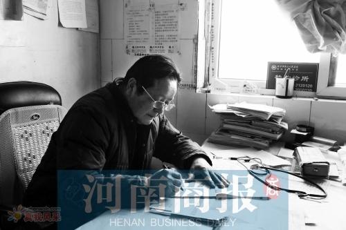 河南村医烧掉病人 50 万欠条后被推到了风口浪尖:今后不再看病了